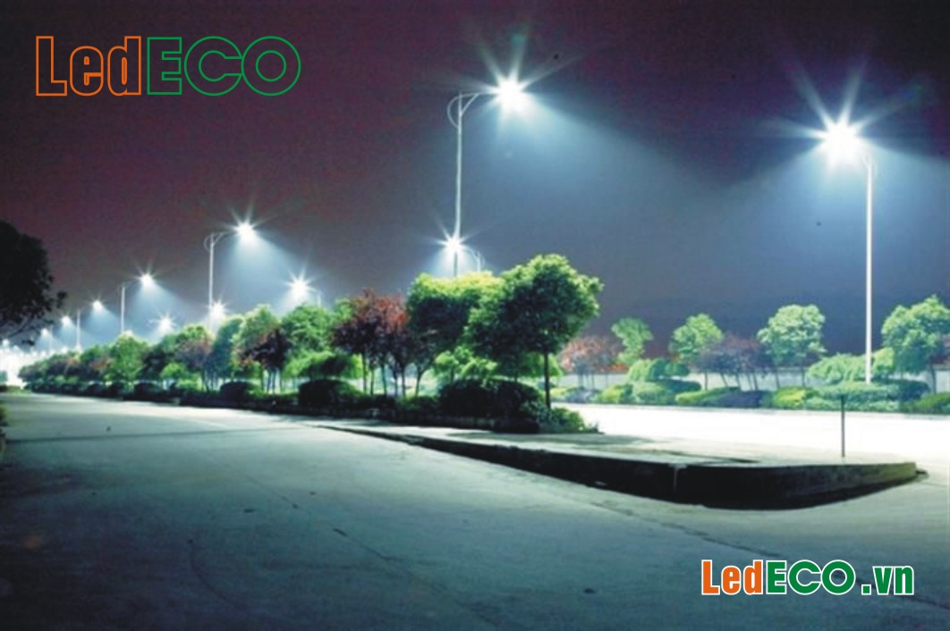 Cột thép-Cáp điện-Đèn LED khu đô thị